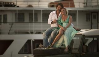 Rick Engelkes en Lone van Roosendaal in Verliefd op Ibiza