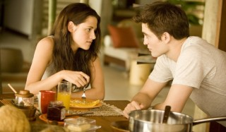 Kristen Stewart en Robert Pattinson in The Twilight Saga: Breaking Dawn - Part 1