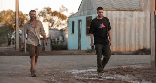 Guy Pearce en Robert Pattinson in The Rover