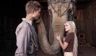 Robert Pattinson en Reese Witherspoon in Water for Elephants