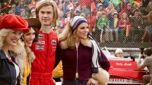 Rush: Chris Hemsworth (James Hunt) en Joséphine de La Baume (Agnes Bonnet)