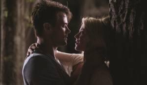 Josh Duhamel (Alex Wheatley) en Julianne Hough (Katie Feldman)