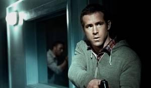 Safe House: Ryan Reynolds (Matt Weston)