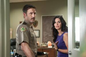 Scream 4: David Arquette (Sheriff Dewey Riley) en Courteney Cox (Gale Weathers-Riley)