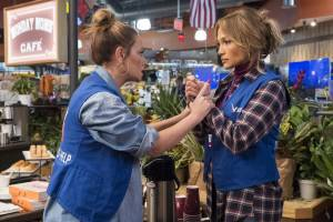Second Act: Leah Remini (Joan) en Jennifer Lopez (Maya)