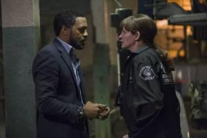 Secret in Their Eyes: Chiwetel Ejiofor (Ray) en Julia Roberts (Jess)