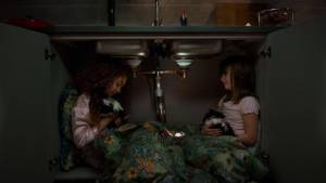 Siv gaat logeren: Lilly Brown (Cerisa) en Astrid Lövgren (Siv)