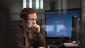 Snowden: Joseph Gordon-Levitt (Edward Snowden)