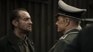 Konstantin Khabensky (Alexander Pechersky) en Christopher Lambert (Karl Frenzel)