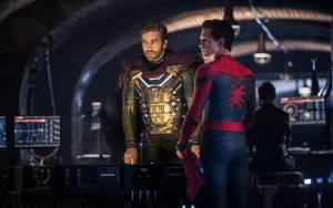Spider-Man: Far From Home: Jake Gyllenhaal (Quentin Beck / Mysterio) en Tom Holland (Peter Parker / Spider-Man)
