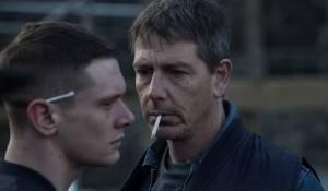 Starred Up: Jack O'Connell (Eric) en Ben Mendelsohn (Neville)