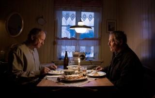 Stellan Skarsgård en Bjørn Floberg in Out Stealing Horses