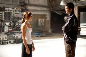 Rick Malambri (Luke) en Sharni Vinson (Natalie)