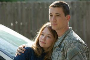 Thank You for Your Service: Haley Bennett (Saskia Schumann) en Miles Teller (Adam Schumann)