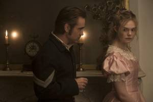 The Beguiled: Colin Farrell (Corporal McBurney) en Elle Fanning (Alicia)