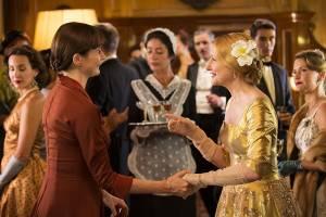The Bookshop: Emily Mortimer (Florence Green) en Patricia Clarkson (Violet Gamart)