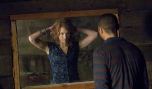 The Cabin in the Woods: Kristen Connolly (Dana Polk) en Chris Hemsworth (Curt Vaughan)