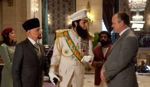 Ben Kingsley, Sacha Baron Cohen (General Aladeen) en John C. Reilly