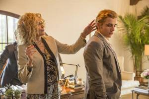 The Disaster Artist: Sharon Stone (Iris Burton) en Dave Franco (Greg Sestero)