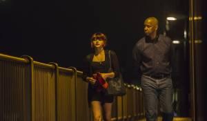 The Equalizer: Chloë Grace Moretz (Teri) en Denzel Washington (Robert McCall)