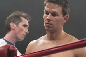 The Fighter: Christian Bale (Dickie Eklund) en Mark Wahlberg (Mickey Ward)