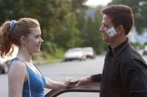 The Fighter: Amy Adams (Charlene Fleming) en Mark Wahlberg (Mickey Ward)
