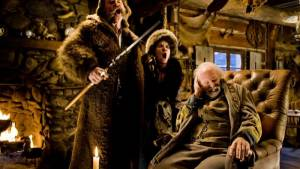 The Hateful Eight: Kurt Russell (John Ruth), Jennifer Jason Leigh (Daisy Domergue) en Bruce Dern (General Sandy Smithers)