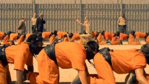 Still uit The Human Centipede 3: The Human Centipede III (Final Sequence) (2016)