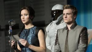 The Hunger Games: Catching Fire: Jennifer Lawrence (Katniss Everdeen) en Josh Hutcherson (Peeta Mellark)