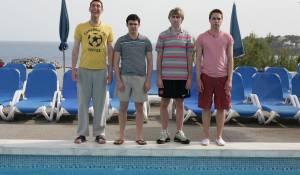 The Inbetweeners Movie: Blake Harrison (Neil Sutherland), Simon Bird (Will McKenzie), James Buckley (Jay Cartwright) en Joe Thomas (Simon Cooper)
