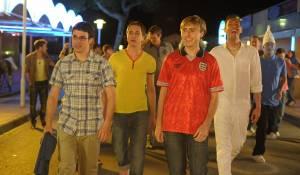 The Inbetweeners Movie: Simon Bird (Will McKenzie), Joe Thomas (Simon Cooper), James Buckley (Jay Cartwright) en Blake Harrison (Neil Sutherland)