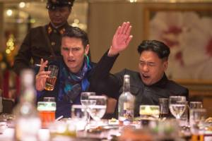 James Franco (David Skylark) en Randall Park (Kim Jung Un)