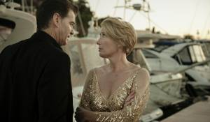 The Love Punch: Pierce Brosnan (Richard) en Emma Thompson (Kate)