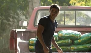 The Lucky One: Zac Efron (Logan Thibault)