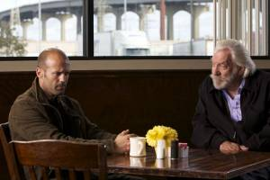 The Mechanic: Jason Statham (Arthur Bishop) en Donald Sutherland (Harry McKenna)