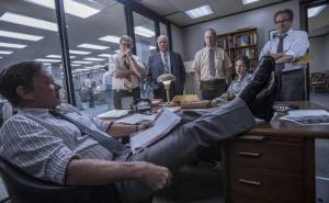 The Post: Tom Hanks (Ben Bradlee), David Cross (II) (Howard Simons), Bob Odenkirk (Ben Bagdikian) en John Rue (Gene Patterson)