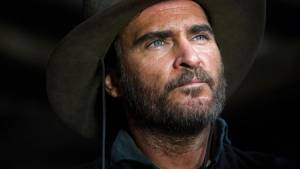 The Sisters Brothers: Joaquin Phoenix (Charlie Sisters)