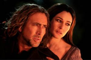 The Sorcerer's Apprentice: Nicolas Cage (Balthazar Blake) en Monica Bellucci (Veronica)