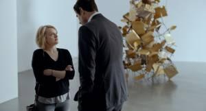 The Square: Elisabeth Moss (Anne) en Claes Bang (Christian)