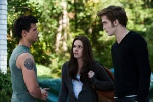 The Twilight Saga: Eclipse: Taylor Lautner (Jacob Black), Robert Pattinson (Edward Cullen) en Kristen Stewart (Bella Swan)