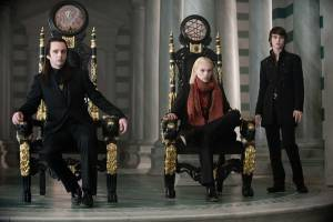 The Twilight Saga: New Moon: Cameron Bright (Alec), Jamie Campbell Bower (Caius) en Michael Sheen (Aro)