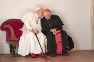 Anthony Hopkins (Pope Benedict) en Jonathan Pryce (Pope Francis)