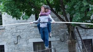 The Walk: Joseph Gordon-Levitt (Philippe Petit) en Charlotte Lebon