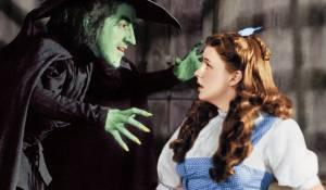The Wizard of Oz: Margaret Hamilton (Miss Gulch) en Judy Garland (Dorothy)