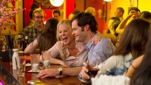 Trainwreck: Bill Hader (Aaron) en Amy Schumer (Amy)