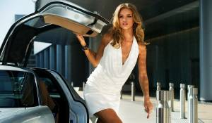 Transformers: Dark of the Moon: Rosie Huntington-Whiteley (Carly)