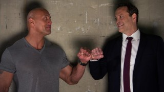 Dwayne Johnson en Vince Vaughn in Fighting with My Family