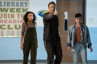 Celeste O'Connor, Vince Vaughn en Misha Osherovich in Freaky