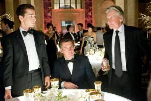 Wall Street: Money Never Sleeps: Michael Douglas (Gordon Gekko), Shia LaBeouf (Jacob Moore) en Frank Langella (Lewis Zabel)