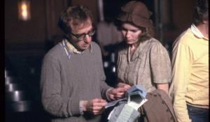 Woody Allen: A Documentary: Woody Allen (Zichzelf) en Letty Aronson (Zichzelf - Sister of Woody Allen)